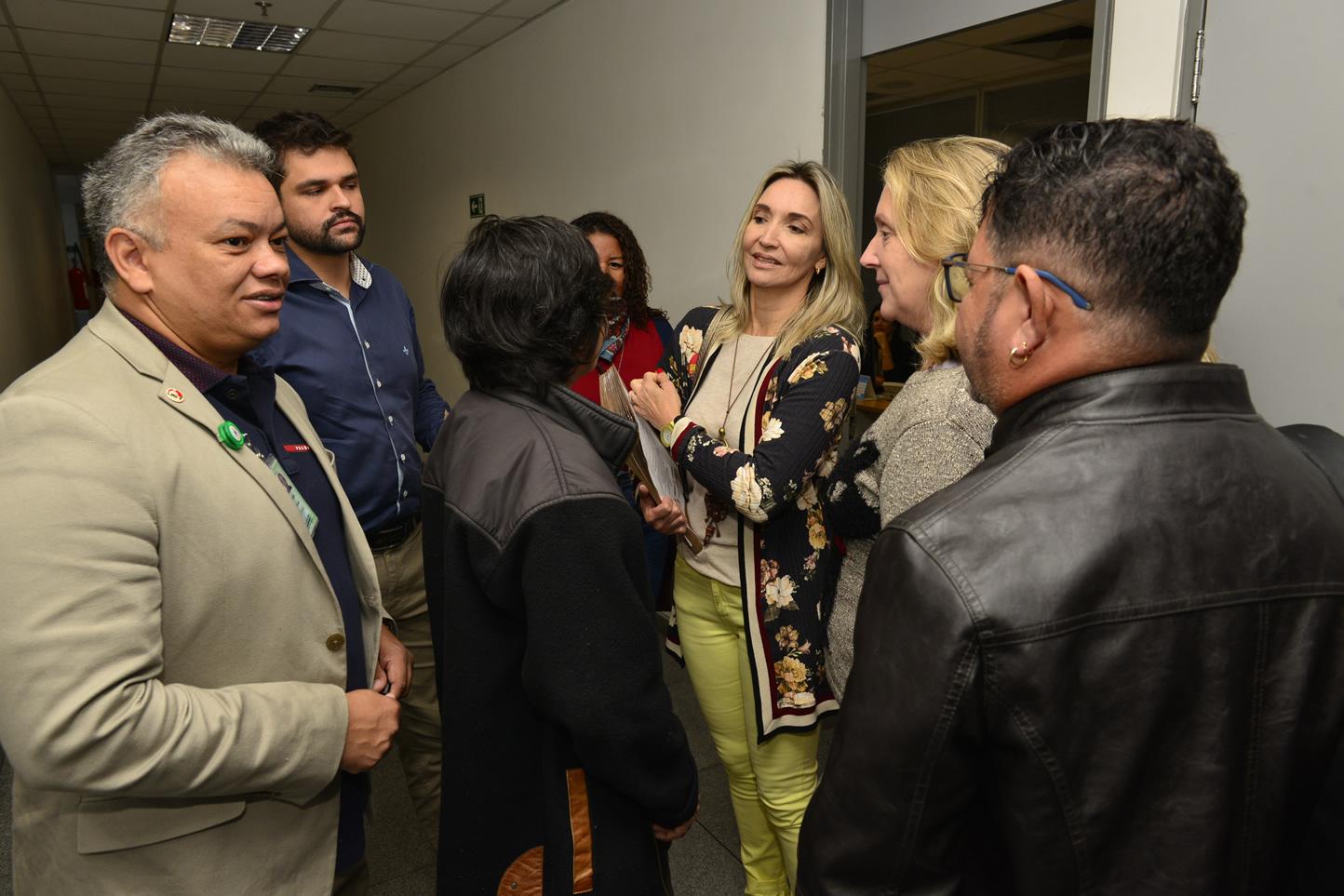 2019.06.13_Visita-aos-gabinetes-contra-o-fim-da-licenca-premio_fotos-Deva-Garcia-4