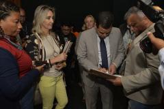 2019.06.13_Visita-aos-gabinetes-contra-o-fim-da-licenca-premio_fotos-Deva-Garcia-48