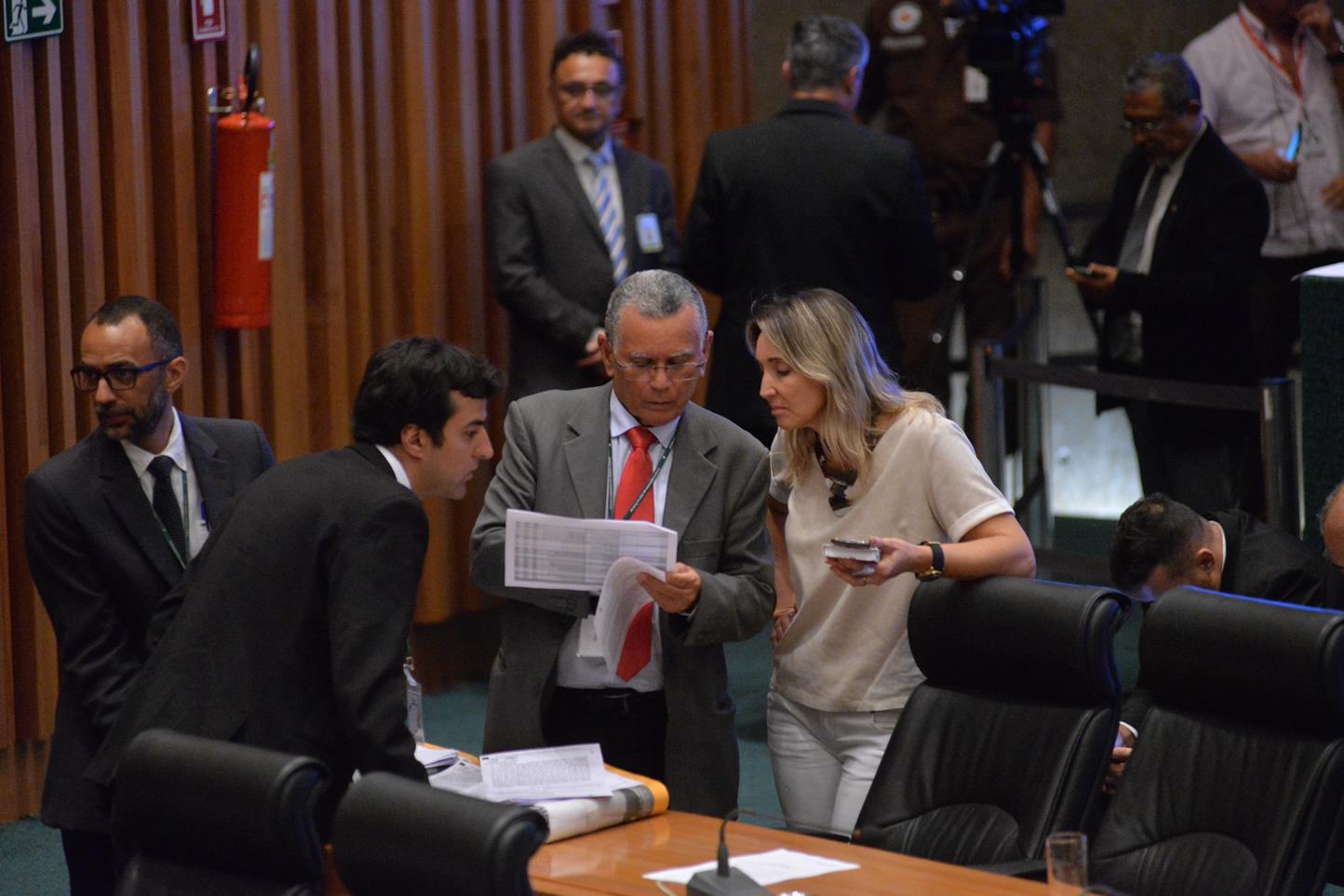 2019.12.12_Votacao-da-LDO_fotos-Deva-Garcia-34