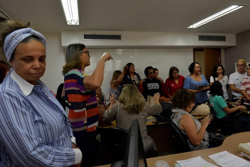 2018.02.28_ATO DE OCUPACAO DO GABINETE DO SECRETARIO DE EDUCACAO-FOTO DEVA GARCIA (9)