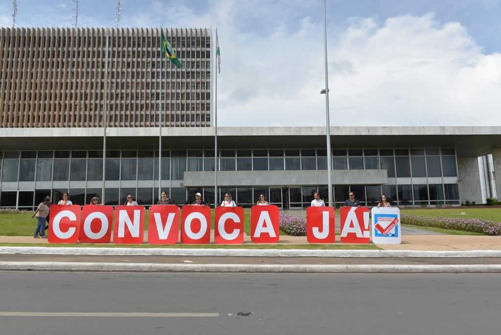 2018.01.25_Ato pela convocacao dos concursados_ fotos DEVA GARCIA (4)