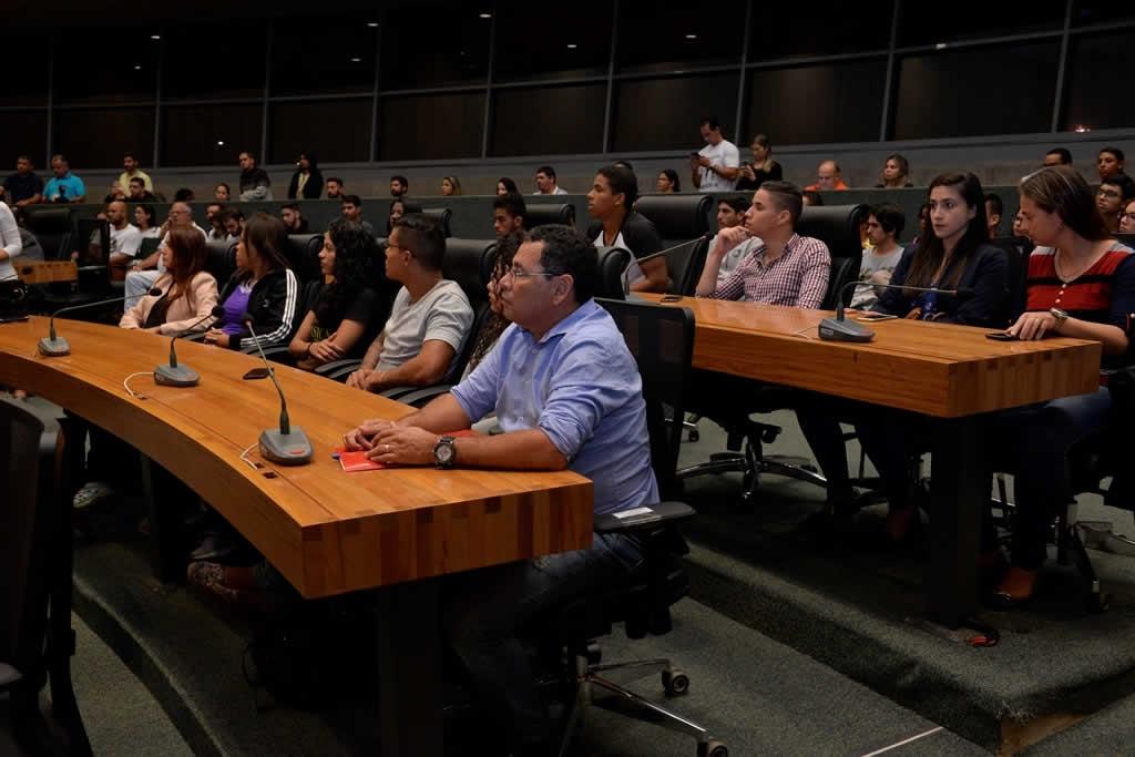 2018.04.16_Audiencia publica professores de educacao fisica_Deva Garcia (13)