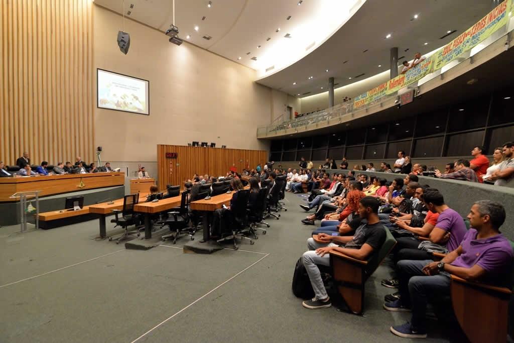 2018.04.16_Audiencia publica professores de educacao fisica_Deva Garcia (24)