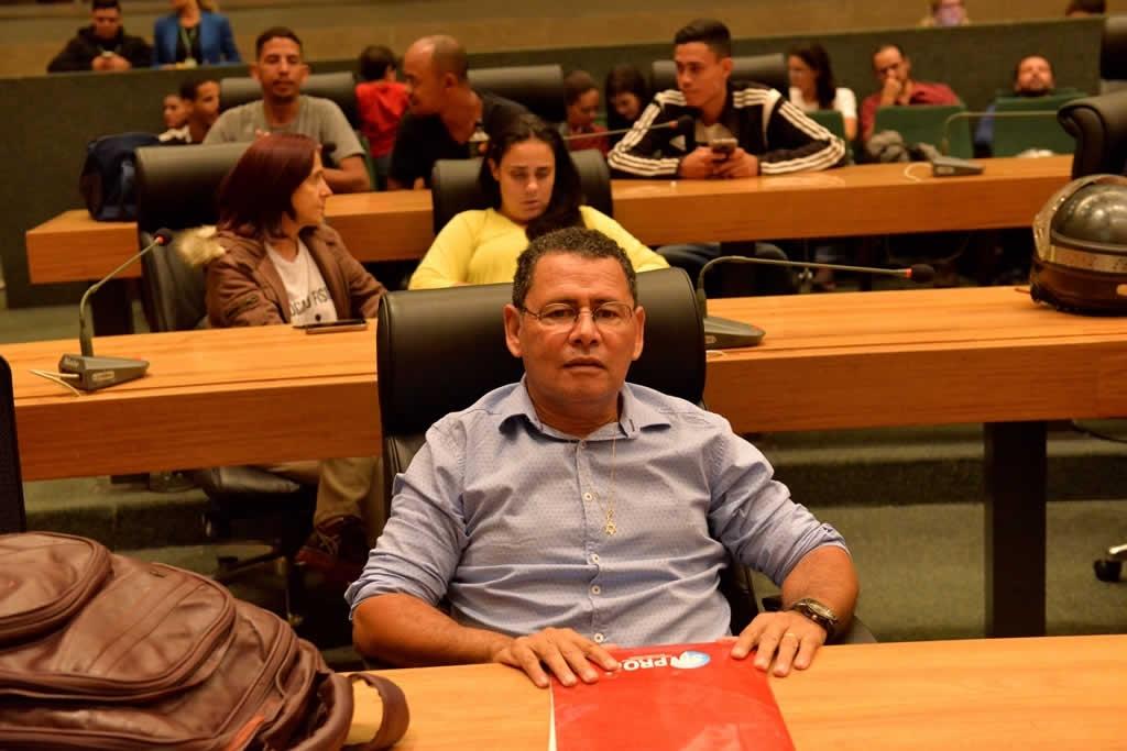 2018.04.16_Audiencia publica professores de educacao fisica_Deva Garcia (6)