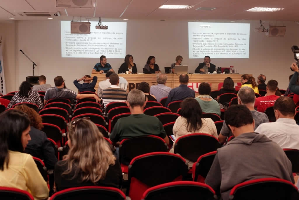 2017.11.09 - Ciclos de Debates sede Sinpro_fotos ECOM (1)