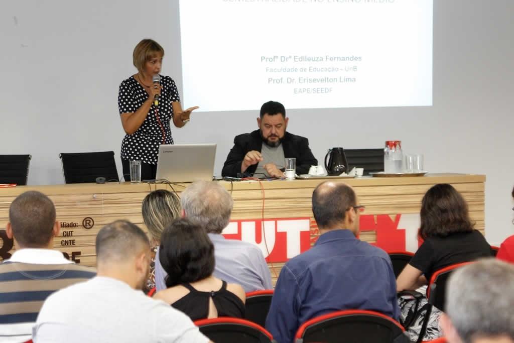 2017.11.09 - Ciclos de Debates sede Sinpro_fotos ECOM (14)