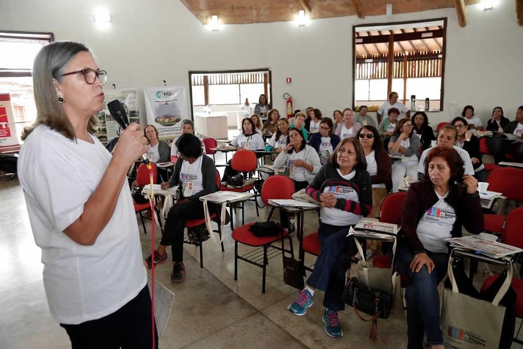 2017.11.09 - Curso de Formacao Sindical para aposentaos_fotos ECOM (1)