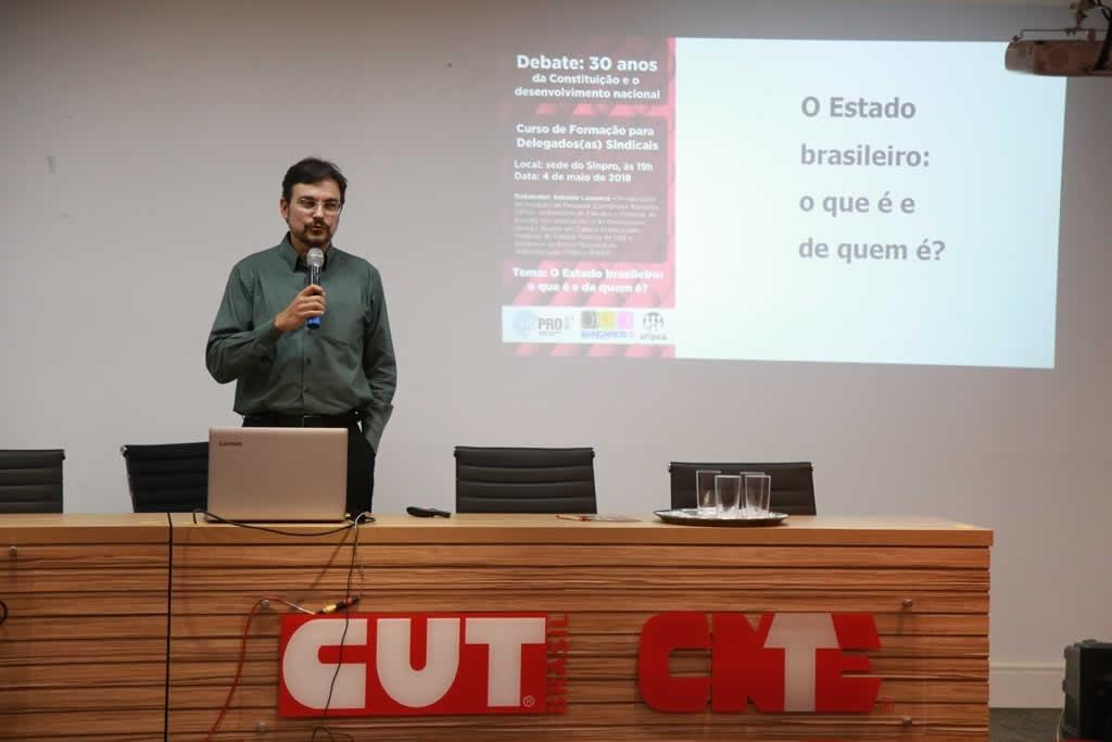 2018.04.05 - Debate Curso de Formacao para Delegados Sindicais_fotos ECOM (10)