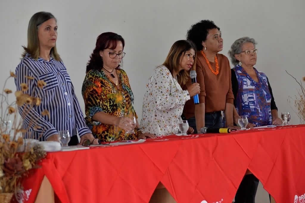 2017.12.07_Entrega de Certificados Curso Aposentados_Foto Deva Garcia (12)
