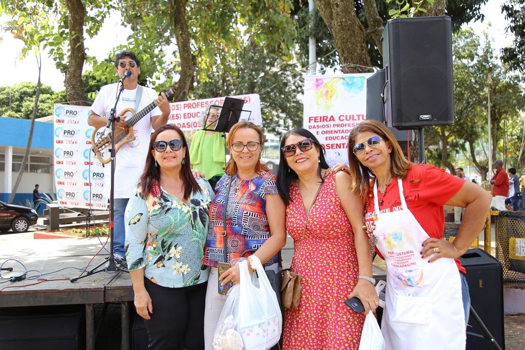 2018.08.08_Feira Cultural dos professores aposentados_fotos ECOM (35)