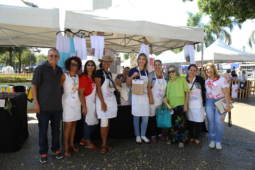 2018.08.08_Feira Cultural dos professores aposentados_fotos ECOM (101)