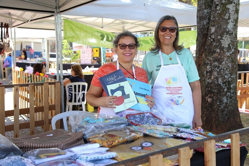 2018.08.08_Feira Cultural dos professores aposentados_fotos ECOM (9)