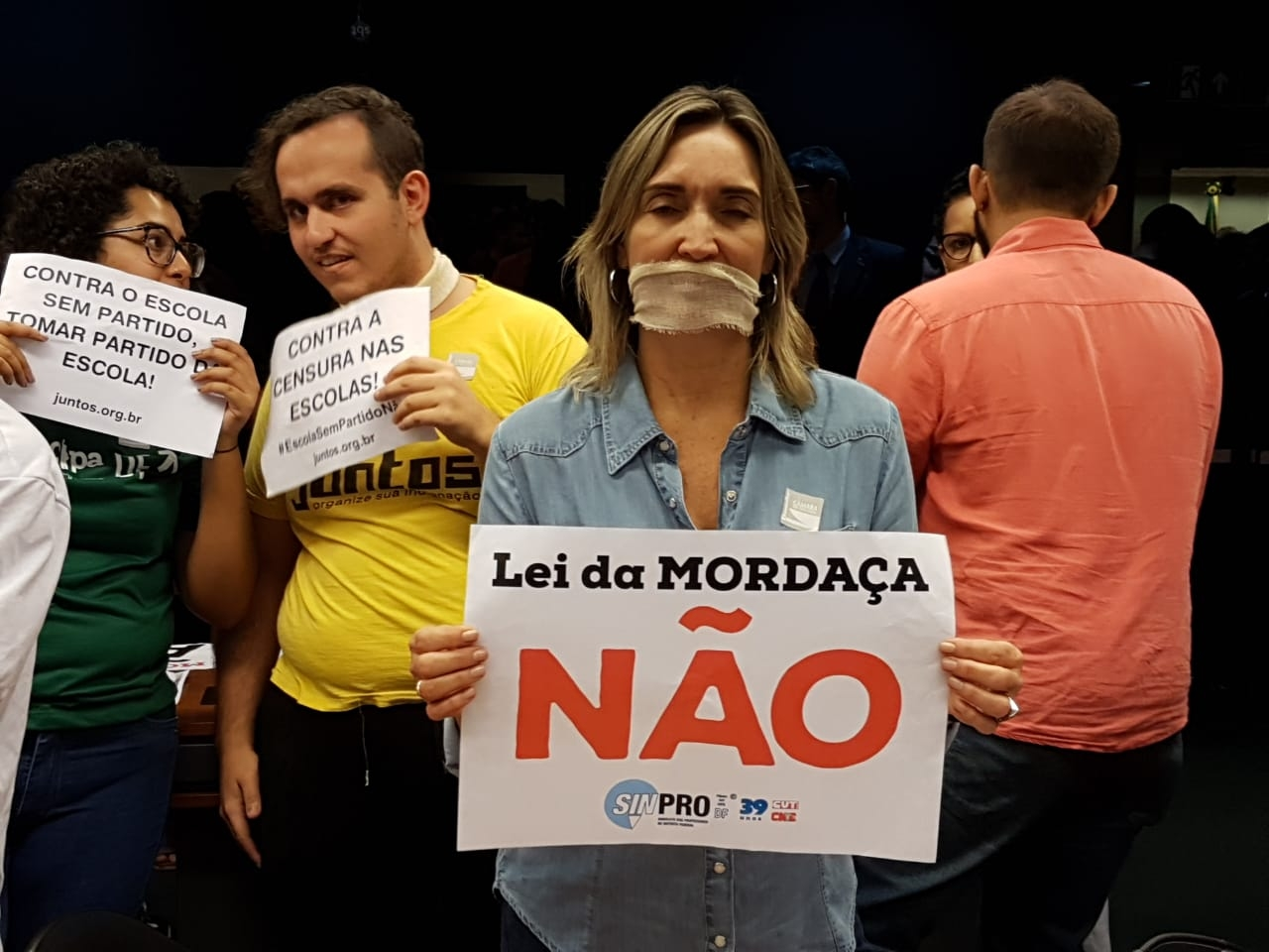 Fotos Lei da Mordaça Votacao (15)