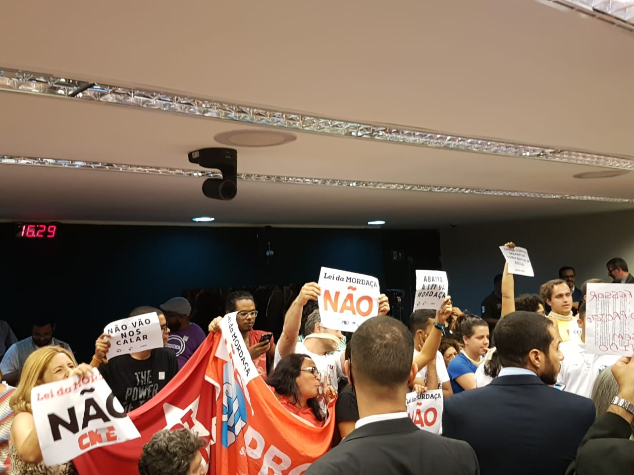 Fotos Lei da Mordaça Votacao (24)