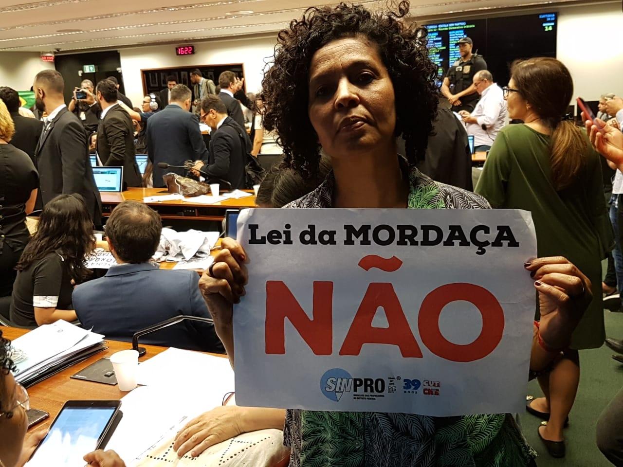 Fotos Lei da Mordaça Votacao (34)