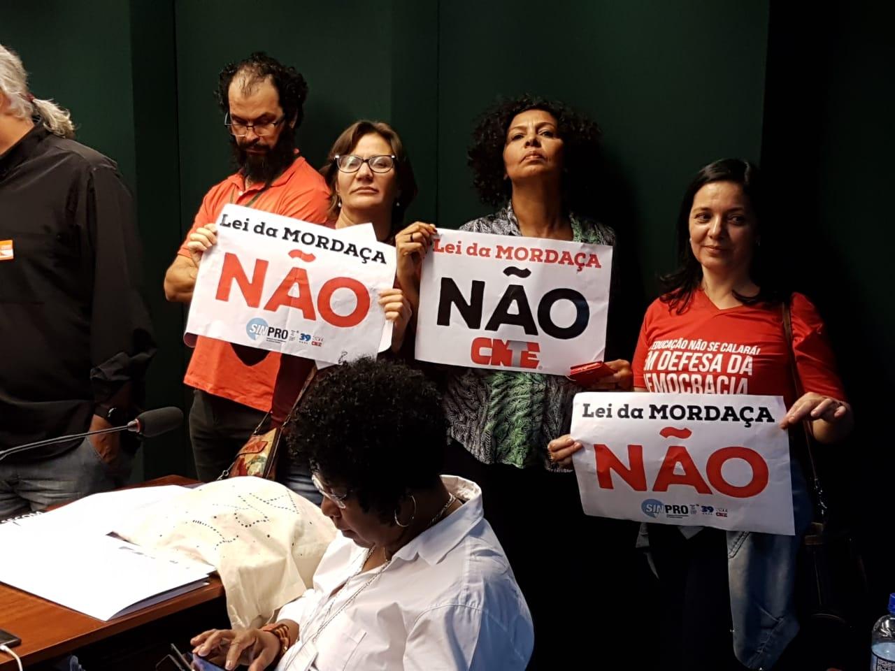 Fotos Lei da Mordaça Votacao (35)
