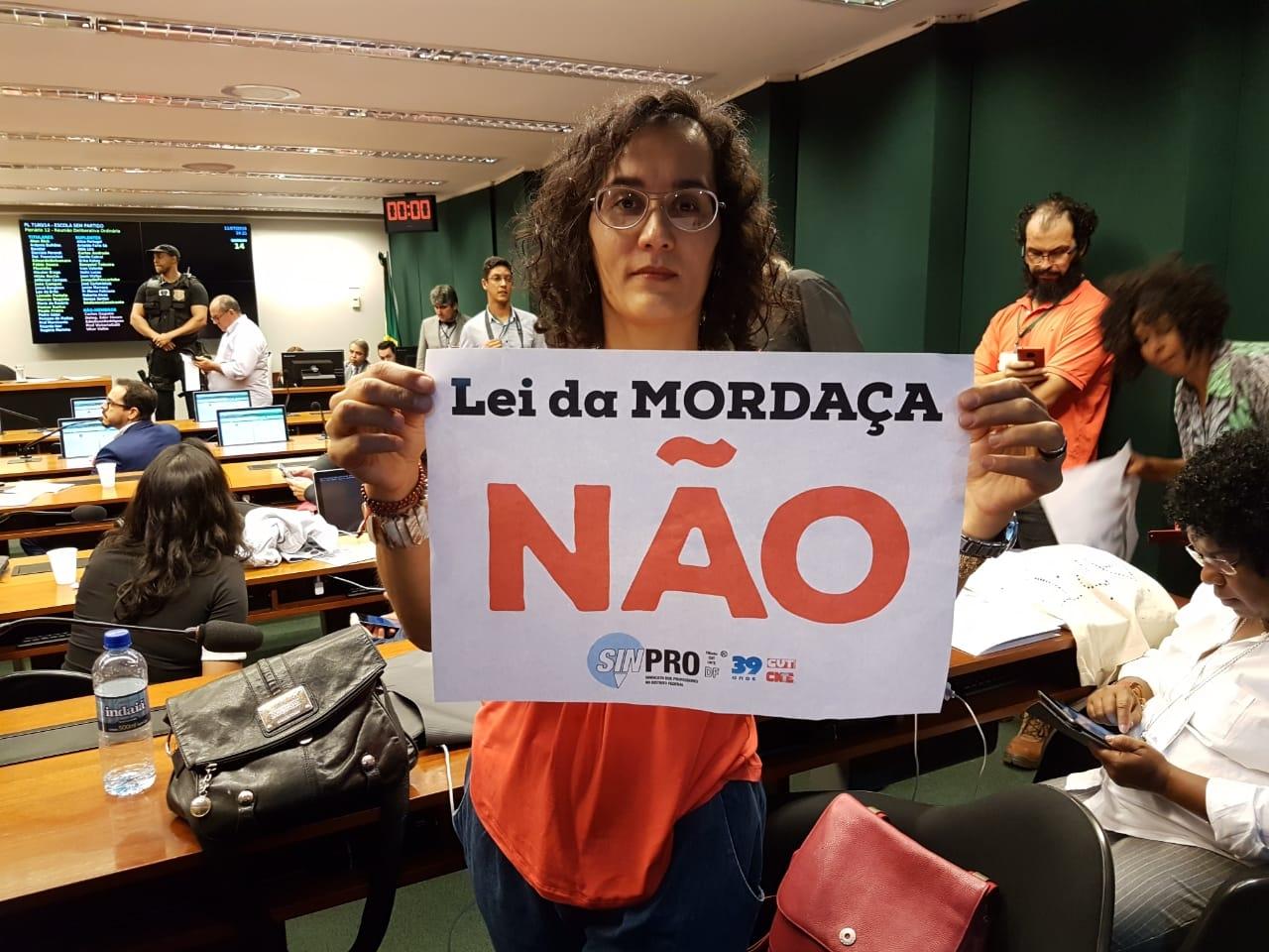 Fotos Lei da Mordaça Votacao (36)