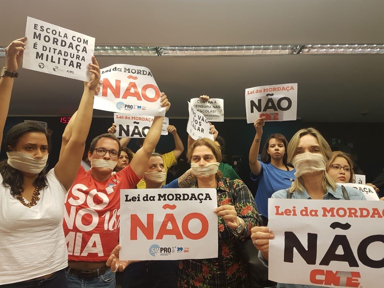 Fotos Lei da Mordaça Votacao (64)