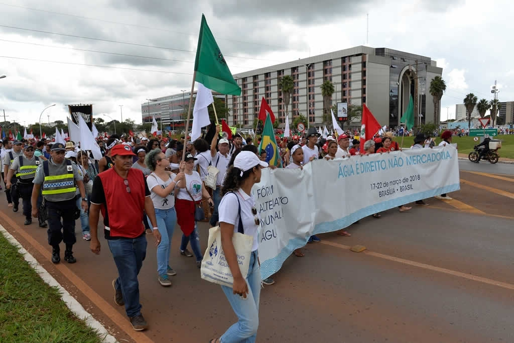 2018.03.22_Marcha do Forum Alternativo Mundial da Agua_Deva Garcia (9)