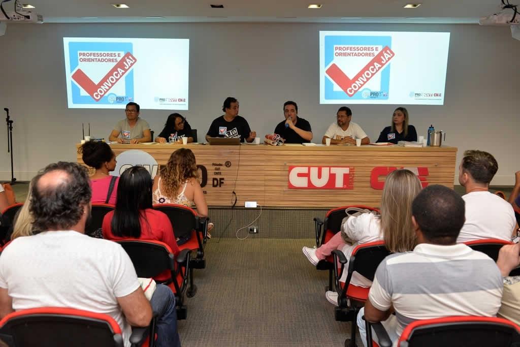 2017.10.24_Reuniao com professores concursados_foto Deva Garcia (2)