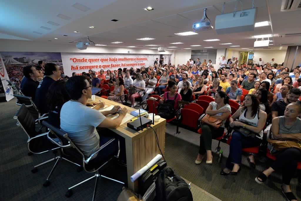 2017.10.24_Reuniao com professores concursados_foto Deva Garcia (3)