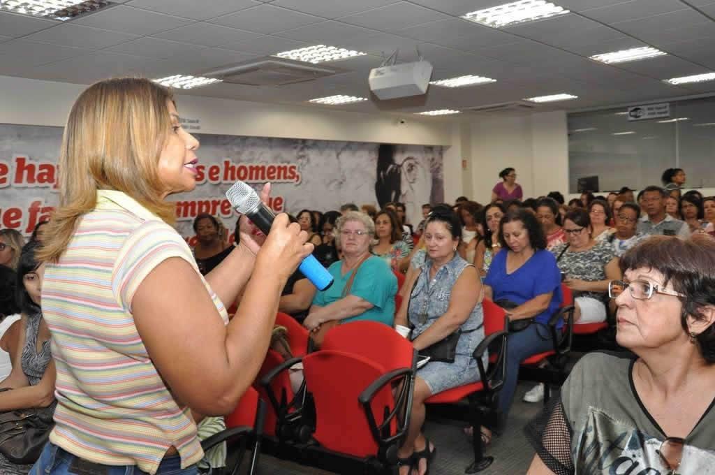 2017.10.24_Reuniao professores Aposentados_fotos ECOM (1)