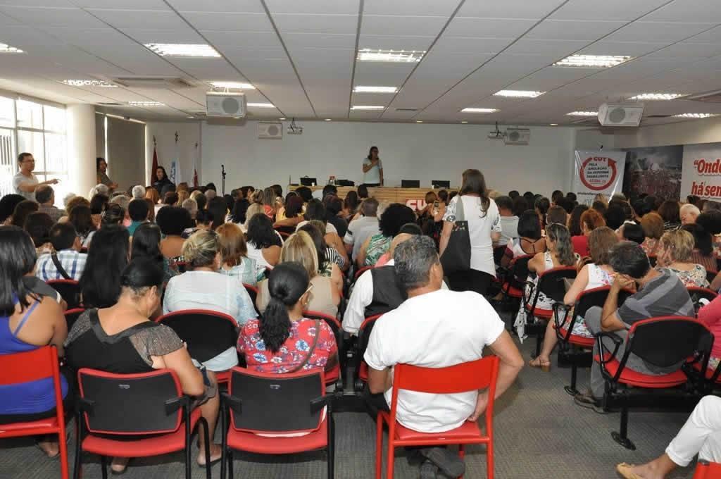 2017.10.24_Reuniao professores Aposentados_fotos ECOM (7)