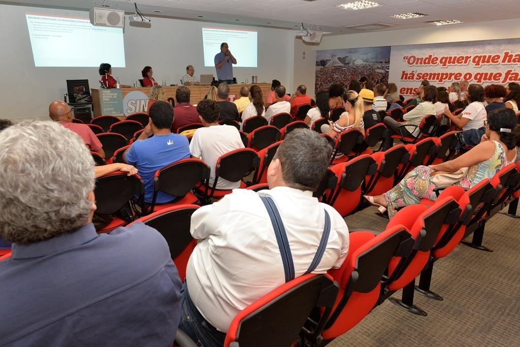 2018.02.27_Reuniao delegados sindicais-Deva Garcia (18)