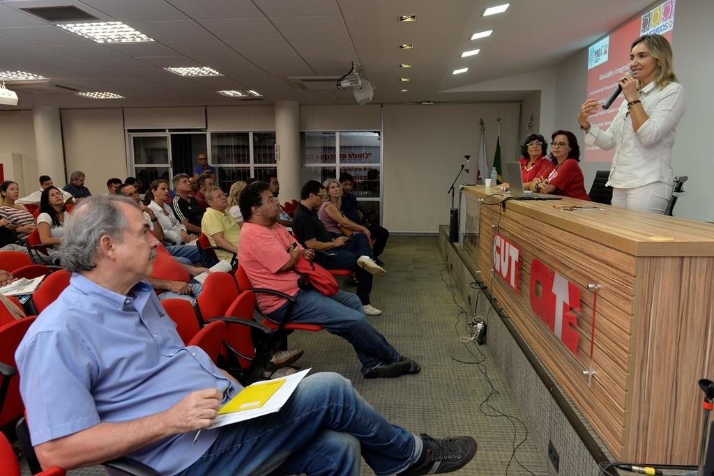 2018.02.27_Reuniao delegados sindicais-Deva Garcia (7)