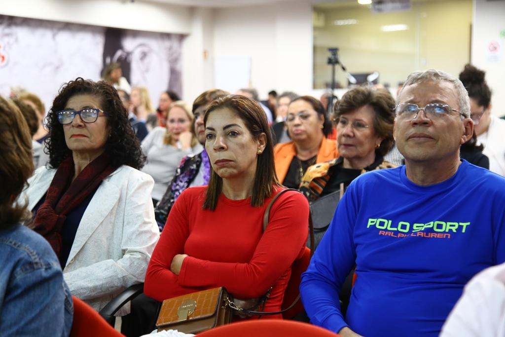 2018.06.25 - Isabel Portuguez recebe o titulo de cidada honoraria_fotos ECOM (16)