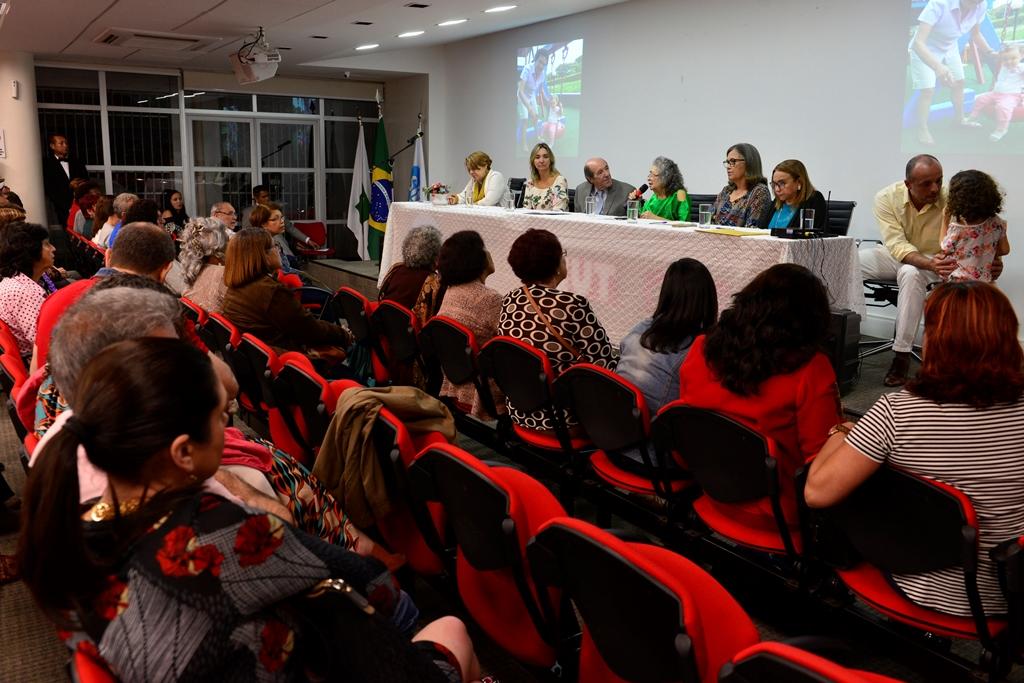 2018.06.25_Titulo cidada brasiliense a Isabel Portuguez_fotos Deva Garcia (100)