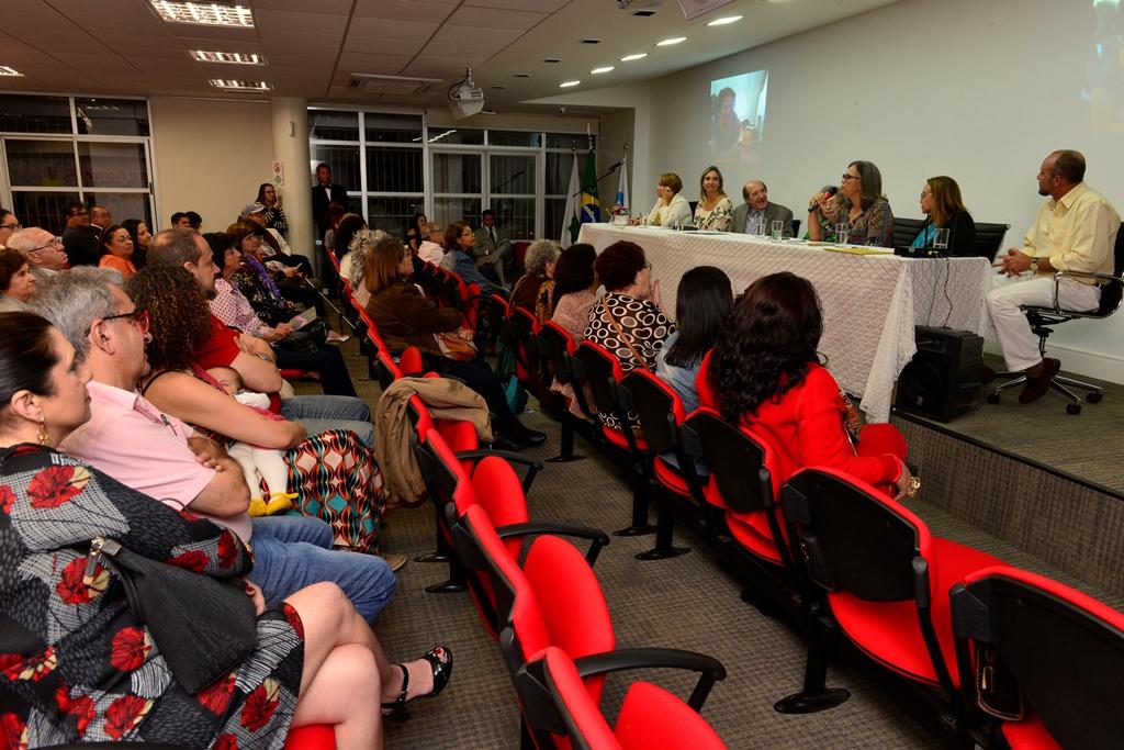 2018.06.25_Titulo cidada brasiliense a Isabel Portuguez_fotos Deva Garcia (111)