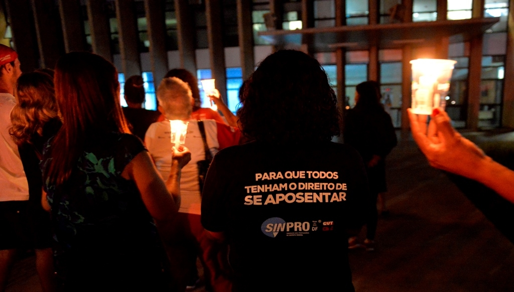 2018.03.02_VIGILIA DOS APOSENTADOS NO BURITI_Deva Garcia (11)
