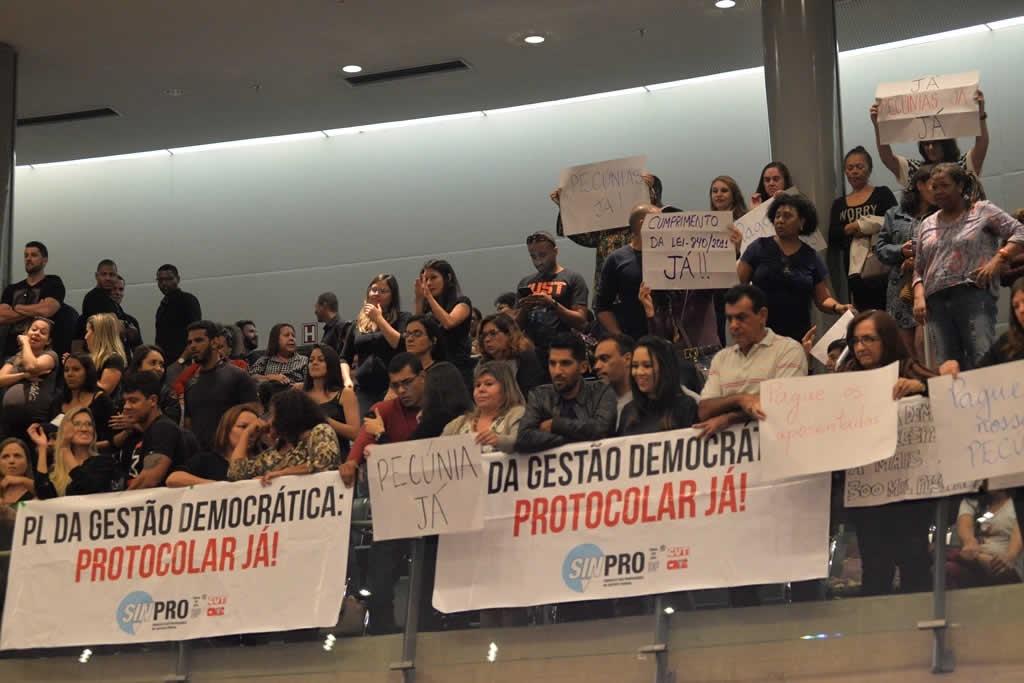 2017.12.12_VOTACAO DA GESTAO DEMOCRATICA E PECUNIA_fotos DEVA GARCIA (17)